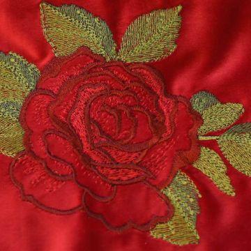 б0020 Леденцовая красная роза. Вышивка.
