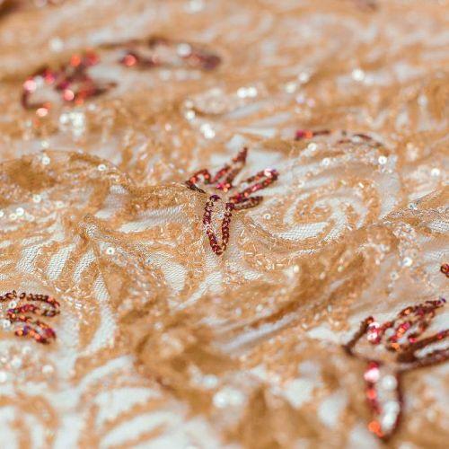 5246 Бежево-рыжие бисерные загогулины с красными вкраплениями