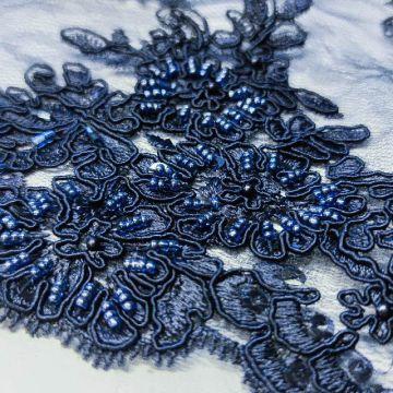ф3635 Синие бисерно-кордовые букеты на синем кружеве