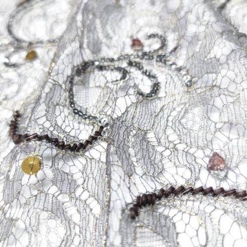 8118 Серебряное кружево с бисерными змейками.