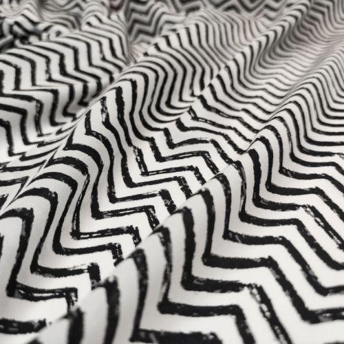 ф5902 Missoni. Черно-белые зигзаги на крепдешине (100% Шелк). Италия.