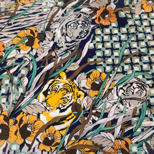 ф5906 Gucci. Серьезные тигры в цветущих тропиках. Синий Крепдешин. (99% шелк 1%эласт). Италия.