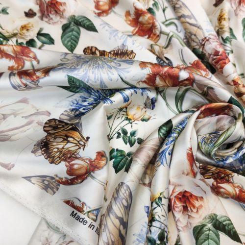 ф5945 Gucci. Бабочки в цветочном раю. Кремовый атлас стрейч (97% шелк, 3% эластан). Италия