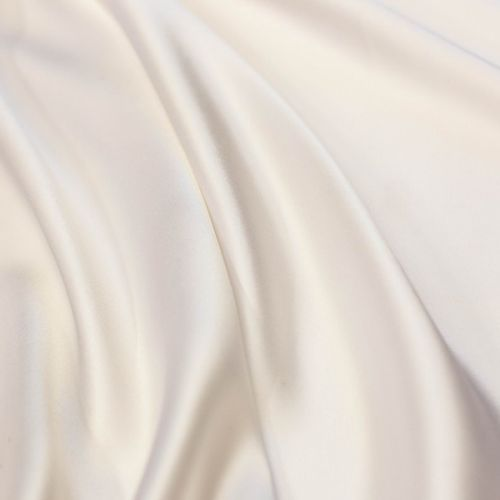 ф4236 Белый атлас с крапками ржавчины (100% шелк).