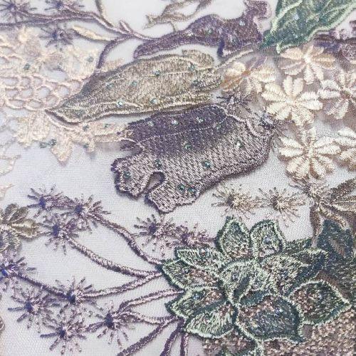 ф4645 Вышитые подводные цветы в сиреневом море. Сетка. (100% п/э). Италия