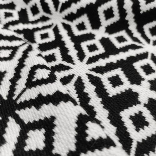 """ф4771 Черно-белая """"вязаная"""" ткань с ромбами и ромбиками (70% шерсть 30% п/амид). Италия."""