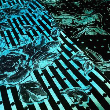 ф5166 Бирюзовые розы из семейства бобовых на черноземе. Жаккард (65% шелк 45% п/э).