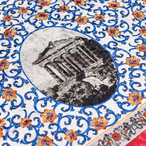 ф4759 Dolce and Gabbana. Изразцовый орнамент и римский форум. Жаккард (65% хлопок 35% ацет). Италия.