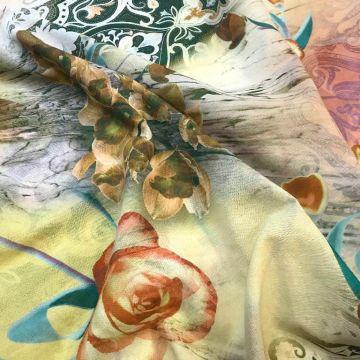 ф1001 Etro Ореховые цветы и розы в зеленом орнаменте пейсли