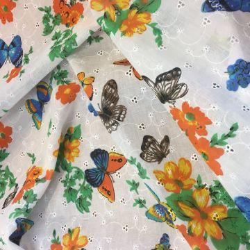 е0002 Белое шитье с бабочками (100% хлопок).