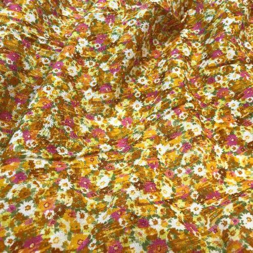 ф0668 Поляна рыжих цветов с вкраплениями розовых