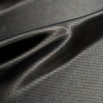 """9236 Черная ткань в полоску с """"лаковым"""" покрытием (100% ацетат)."""