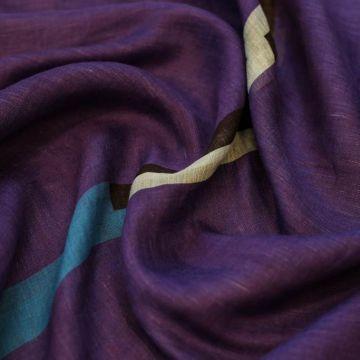 ф5029 Фиолетовая пашмина с голубой и черной полосой (25% кашемир 25% вискоза 50% лен).