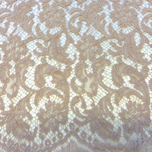 ф2882 Кордовое кружево с фазаньими перьями цв загара Poudre