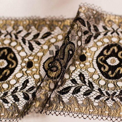 5801 Solstiss. Черно-золотое кружево с гребешками. Франция