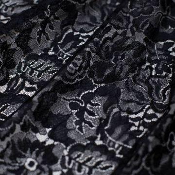 5078 Solstiss. Черное кружево с розами и дубовыми листьями (75% виск 25% нейлон)
