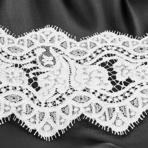 ф5404 Riechers Marescot. Узкое белое кружево с цветами-бабочками (70%хлоп 30%п/амид).