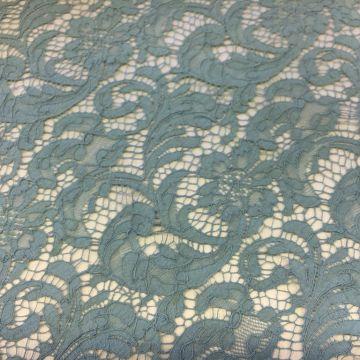 ф3378 Riechers Marescot Мистически-зеленое кружево с фазаньими перьями