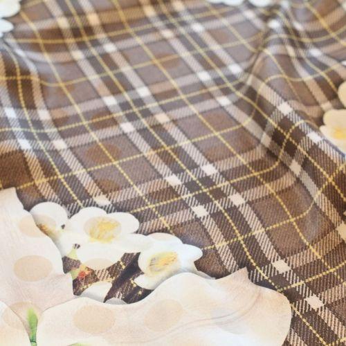 ф1823 Клетчатый коричневый купон с белыми лилиями