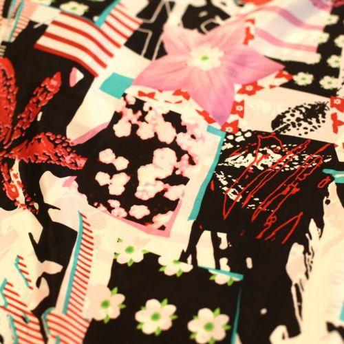 9014 Розовые и тигровые лилии на черно-белом печворке