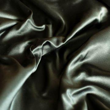 ф5586 Gucci.Черный дюшес с зеленым отливом (100% шелк)