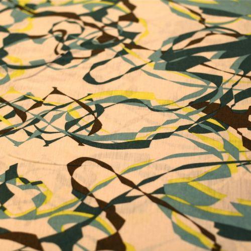 8122 Бежевое джерси с абстрактным зеленым рисунком